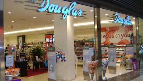 Entrada perfumería Douglas
