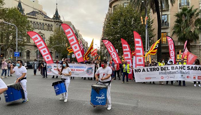 huelga 8-oct-2021 Banco-Sabadell