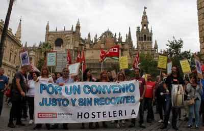 por un convenio justo de hosteleria en Sevilla