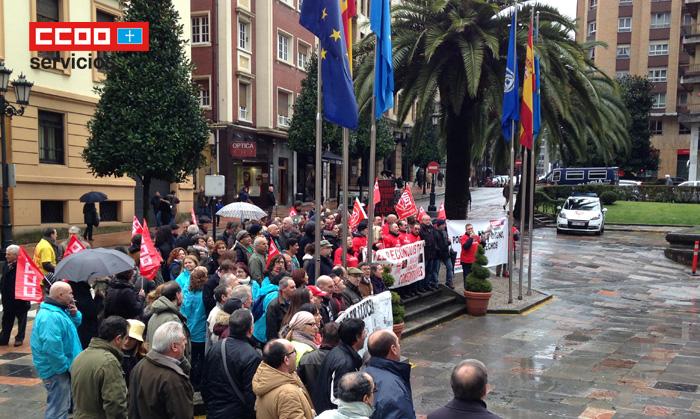 Trabajadores de otros sectores y empresas apoyando Hotel Reconquista Oviedo