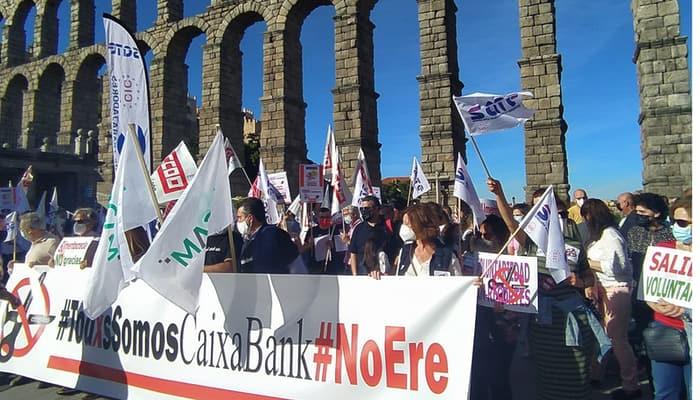 Caixabank contra el ERE en Segovia