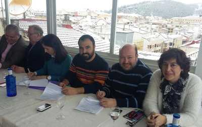 Firma convenio hosteleria Cuenca
