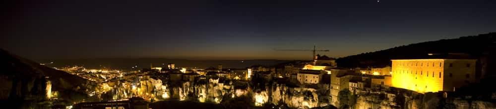 Cuenca de noche. Noches mágicas de Cuenca