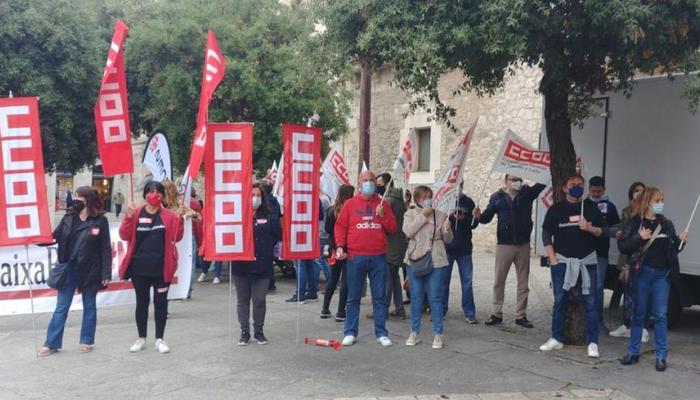 Conventrción huelga ERE en Caixabank