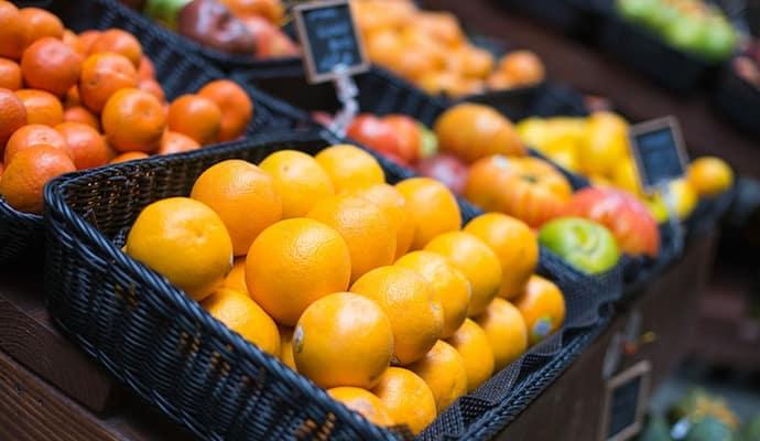 imagen de frutería y supermercado