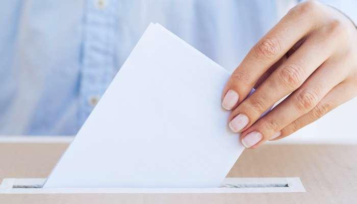 Votación urna  elecciones sindicales