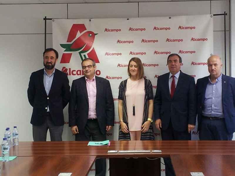 firma lan igualdad Alcampo