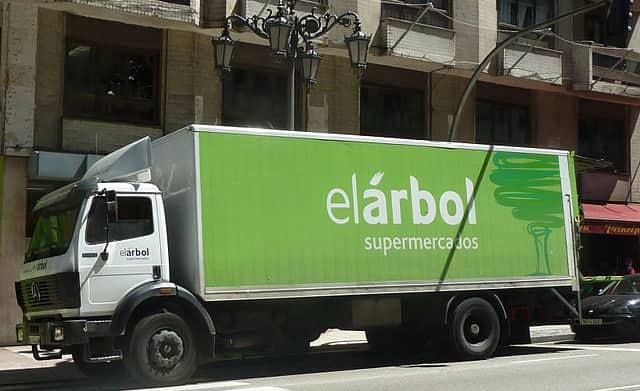 Camión supermercados el Arbol
