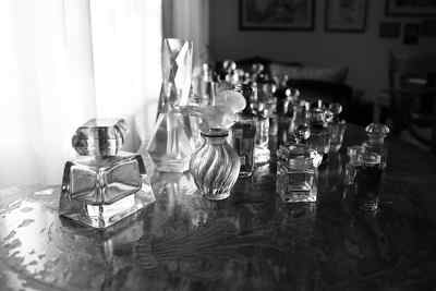 Perfumes. Ilustra convenio colectivo perfumerias