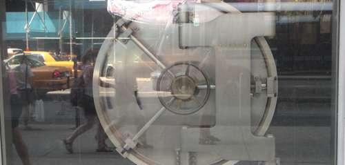 Imagen de Caja fuerte bancaria