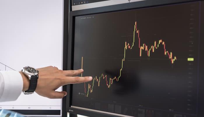 Gráfico en pantalla de ordenador.Finanzas.