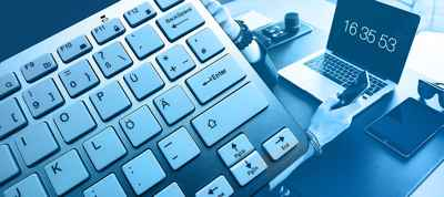 Control de la jornada laboral. Reloj y teclado.