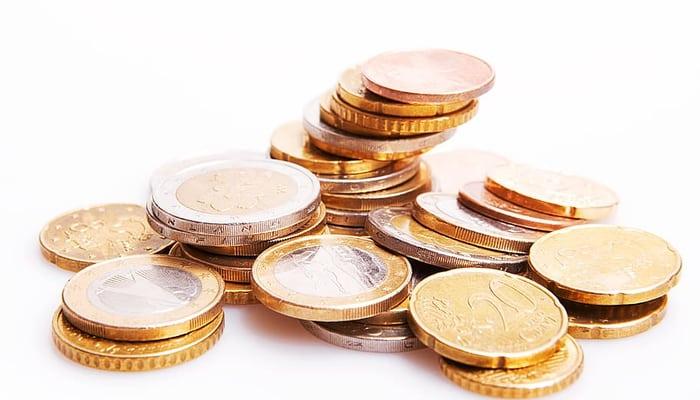 Monedas salario precario