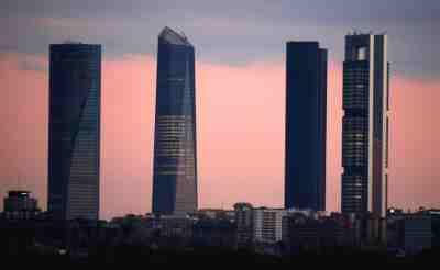 Negociación Convenio Ahorro. Imagen Torres de Madrid