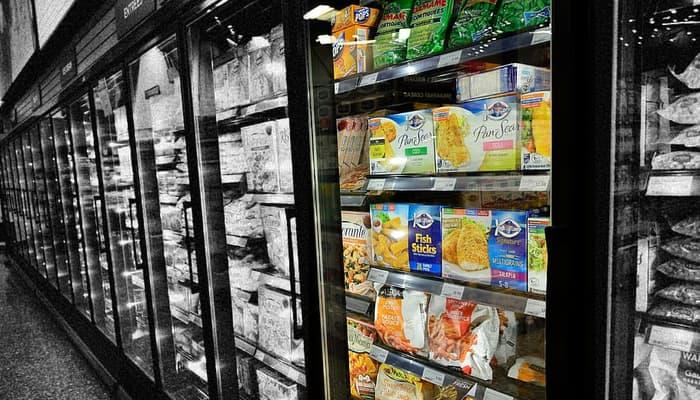 Nevera de supermercado. refrigerados