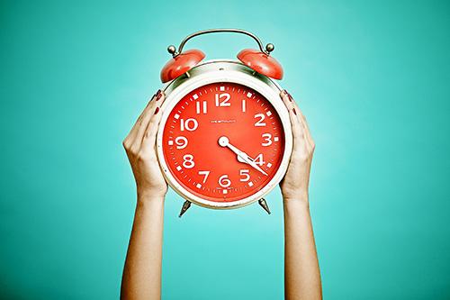 equiparación horarios establecementos comerciais