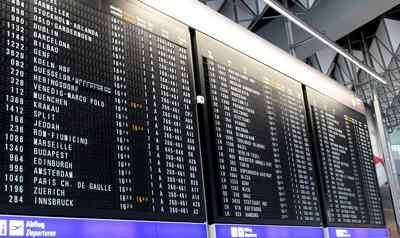 Imagen aeropuerto, tabla horarios