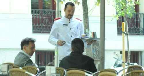 Camarero de hostelería