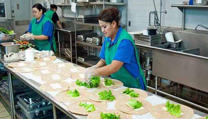 Cocineras en Restauracion colectiva, comedores escolares