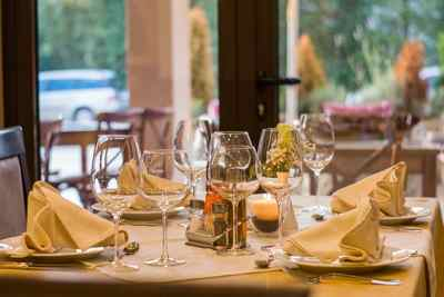 Mesa restaurante. Sector Hostelería