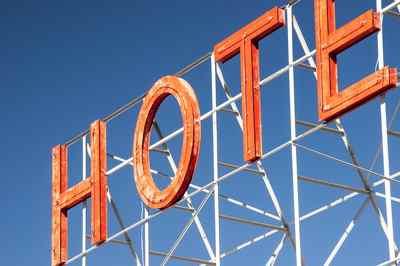 Hotel. Campaña denuncia empresas multiservicios