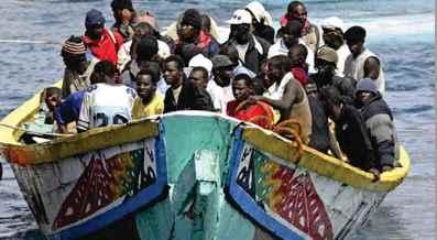 Foto inmigrantes en barca