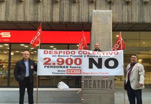 Concentración de los delegados y delegadas de CCOO en Grupo Banco Popular en la sede de Edificio Beatriz de Madrid