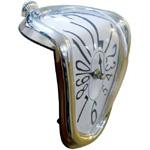 Reproducción de un reloj blando de Dalí