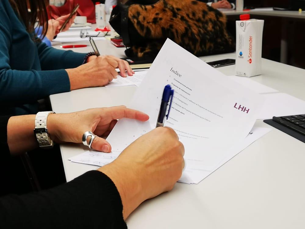 firma acuerdo ere Santander