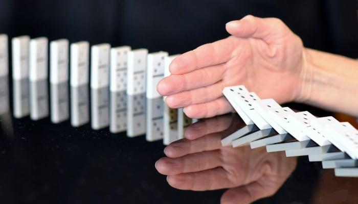Juego Domino ilustra prevencion de riesgos