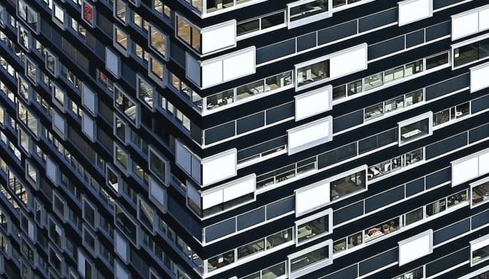 Imagen de edificio oficinas ilustra Convenio de Seguros
