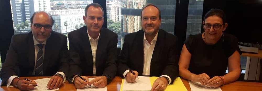 Firma acuerdo CCOO Agencaixa