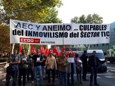 Manifestación convenio TIC
