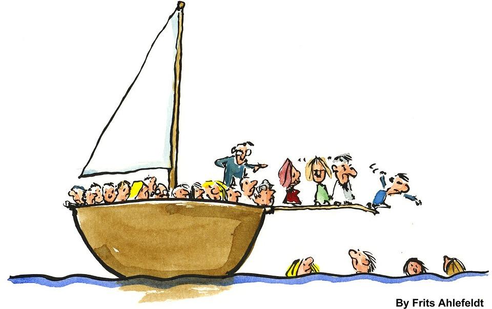 Nos bajan del barco a patadas