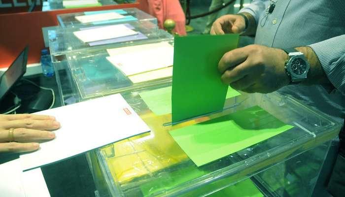 Votacion en urna. Elecciones sindicales